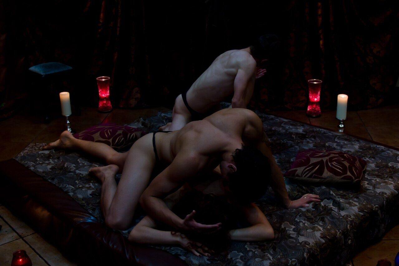 eroticheskiy-massazh-semeynoy-pare-porno